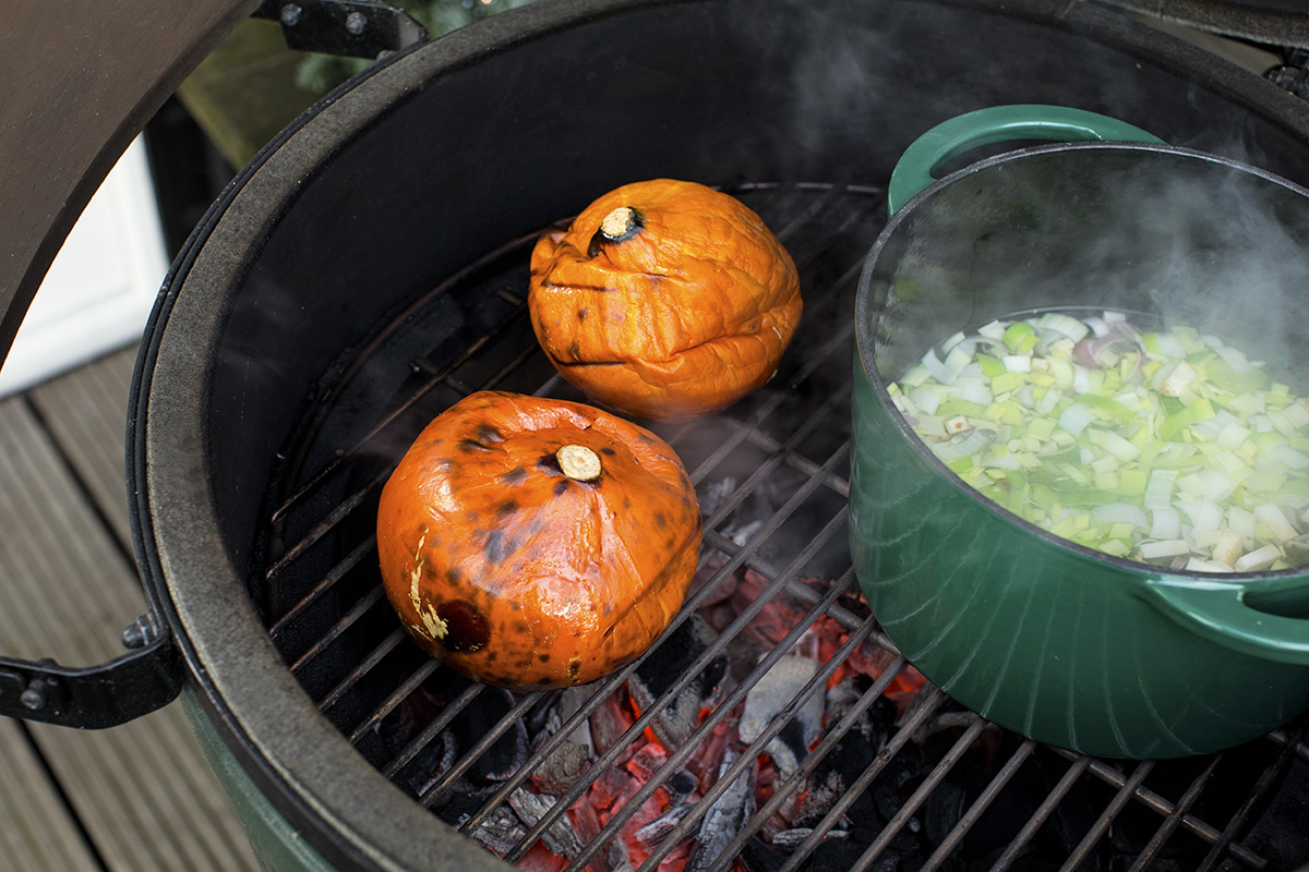Kürbisse im Big Green Egg grillen
