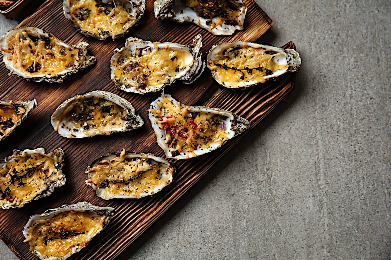 Austern mit Sauce Bearnaise überbacken
