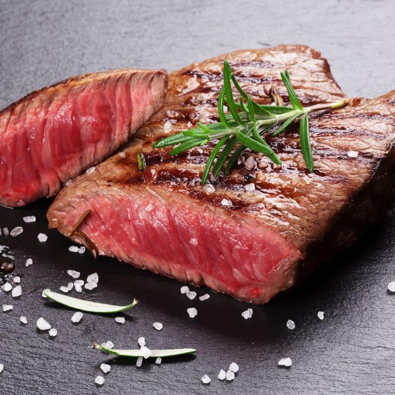 Flat Iron Steak von der Vulcanus Feuerplatte